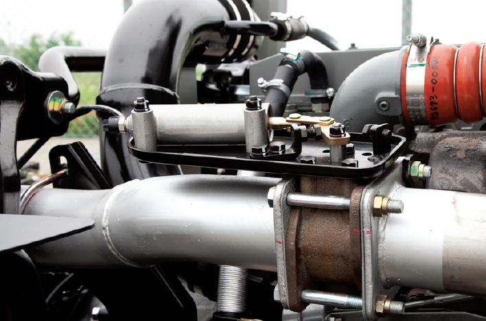 Nội thất xe cẩu Daewoo Maximus HC6AA